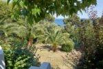 Villa Aurelia an der Cote d Azur in Südfrankreich-Der Garten unterhalb der Poolebene und das nahe Meer