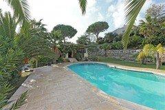Cactus-C Pool und Poolhaus