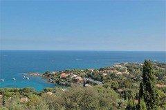 Villa Dolmens Ferienhaus in Les Issambres Côte d'Azur Südfrankreich-Ausblick auf Küste und Meer