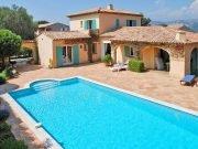 Pool und Haus, Villa Olivades in Sainte Maxime an der Cote d'Azur in Südfrankreich