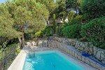 Ricoulette Ferienhaus in Les Issambres Côte d'Azur Südfrankreich-Pool am Morgen