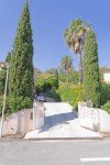 Einfahrt zum Haus Varoise in Les Issambres an der Cote d Azur