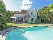 Garennes Haus und Pool